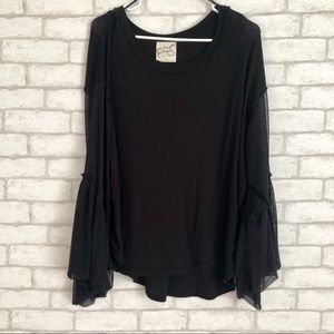 FREE PEOPLE BLACK LONG SLEEVE TOP